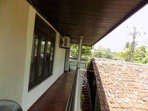Iruwi River Apartment
