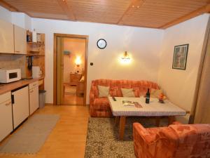 Apartment Bayerwald 5, Apartmány  Breitenberg - big - 4