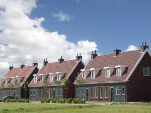 Holiday home Charming Beveland III, Ferienhäuser  Colijnsplaat - big - 33
