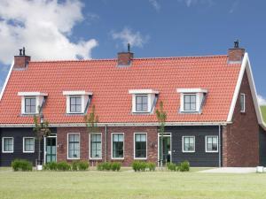 Holiday home Charming Beveland III, Ferienhäuser  Colijnsplaat - big - 32
