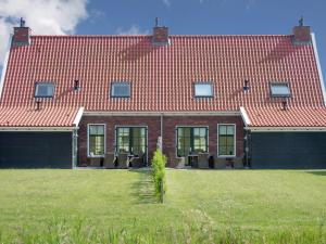 Holiday home Charming Beveland III, Ferienhäuser  Colijnsplaat - big - 31