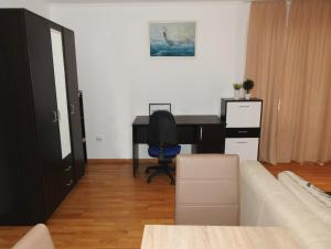 Apartment Lion, Apartmanok  Petrovac na Moru - big - 6