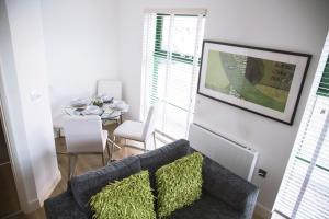 The Seckloe Apartment