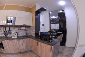 Apartment on Obolons'kyi Avenue 54