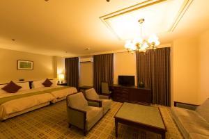 Sky Hotel Uozu image