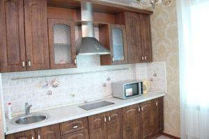 Apartment on Sarayshyq 5, Apartments  Astana - big - 5