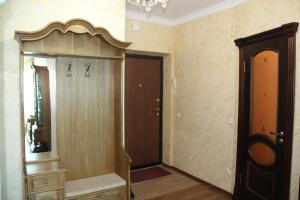 Apartment on Sarayshyq 5, Apartments  Astana - big - 8
