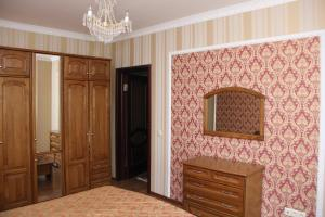 Apartment on Sarayshyq 5, Apartments  Astana - big - 10
