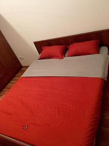 Apartment Moldagulova 5A, Apartmány  Aqtöbe - big - 4