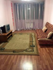 Apartment Moldagulova 5A, Apartmány  Aqtöbe - big - 8