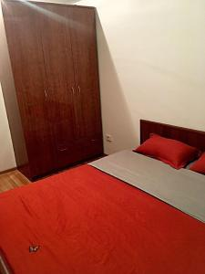 Apartment Moldagulova 5A, Apartmány  Aqtöbe - big - 9