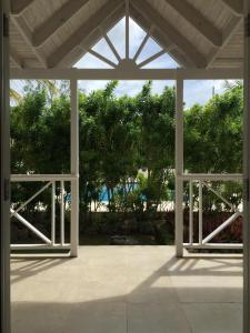 Gibbs Glade Cottage & Garden Studios