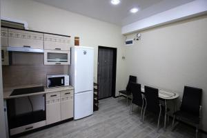 Zolotoi Kolos Apartment, Apartments  Sochi - big - 11
