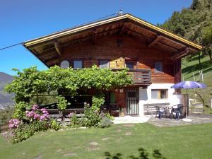 Wasserfall, Ferienhäuser  Hart im Zillertal - big - 35