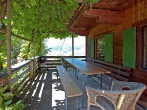 Wasserfall, Ferienhäuser  Hart im Zillertal - big - 16