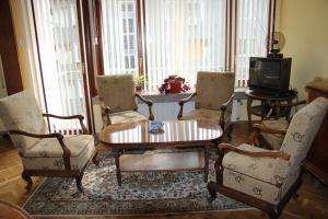 Apartment Ljuben Karavelov, Appartamenti  Sofia - big - 1