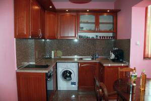 Apartment Ljuben Karavelov, Apartmanok  Szófia - big - 7