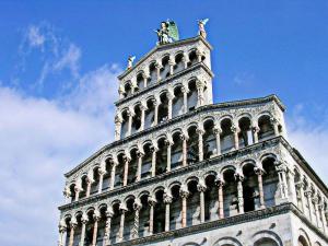 La Regina Di Lucca - Casa Artisti 1, Апартаменты  Лукка - big - 10