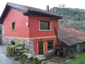 Holiday Home La Casa Roja Cangas De Onis Asturias