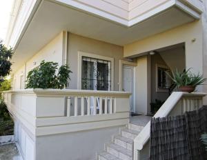 Chryssoula House