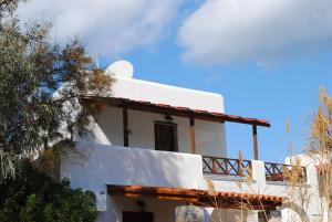 Akti Miaouli Holiday Home