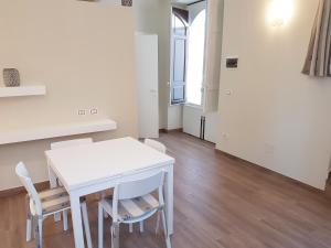 Casa Sbarcadè, Apartmanok  Szirakúza - big - 14