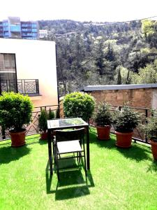 Brand New Apartment with Terrace, Apartments  Tbilisi City - big - 32