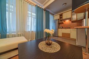 Apartment Vesta on Vosstania, Ferienwohnungen  Sankt Petersburg - big - 4