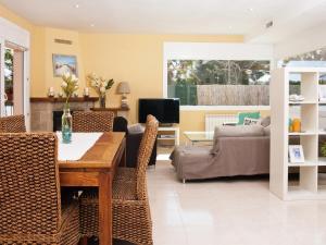 Amfora Air, Holiday homes  Sant Pere Pescador - big - 8