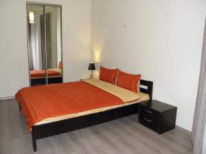 Apartment 2 on Lanzheronivska 19