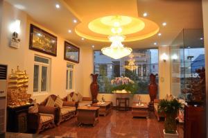 A25 Hotel - 137 Nguyen Du
