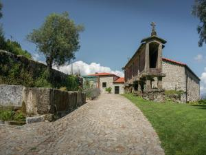 Lindo, Дома для отпуска  Ponte da Barca - big - 36