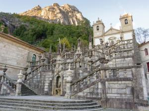 Lindo, Дома для отпуска  Ponte da Barca - big - 7