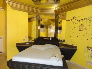 Fenix Motel (Only Adults)- Ourinhos