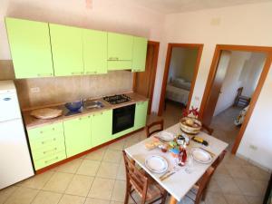 Ricadi, Apartments  Ricadi - big - 27