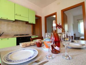 Ricadi, Apartments  Ricadi - big - 24