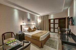Palm Beach Hotel, Отели  Дубай - big - 11