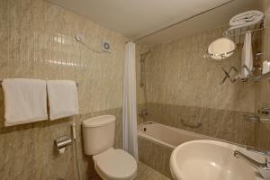 Palm Beach Hotel, Отели  Дубай - big - 8