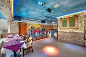 Palm Beach Hotel, Отели  Дубай - big - 31