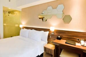 Golden Tulip Essential Tangerang, Hotely  Tangerang - big - 3