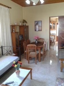 Gramvousa's Filoxenia Apartment, Apartments  Kissamos - big - 24