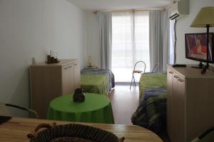 Altos de Biarritz, Apartments  Montevideo - big - 31