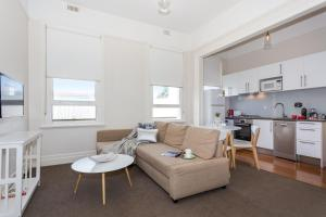 St Kilda Escape Apartment - St Kilda, Victoria, Australia