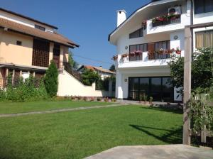 Villa Evksinograd