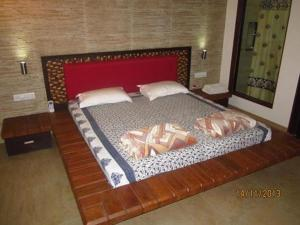 Luxury Bungalow on Mahabaleshwar-Tapola Raod, Villák  Mahabaleshwar - big - 10