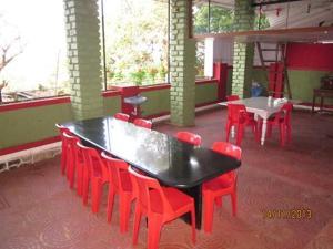 Bungalow near Mahabaleshwar market, Villák  Mahabaleshwar - big - 11