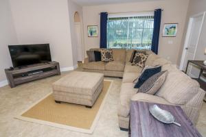 Oaktree Five-Bedroom Villa OTD, Villas  Davenport - big - 21
