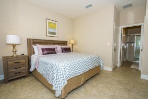 Oaktree Five-Bedroom Villa OTD, Villen  Davenport - big - 17