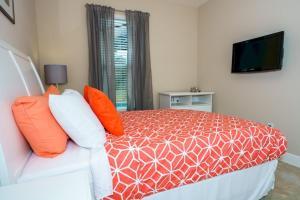 Oaktree Five-Bedroom Villa OTD, Villas  Davenport - big - 13