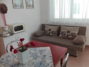 Villa Gabriella, Apartmanok  Balatonboglár - big - 10